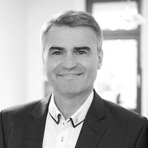 Uwe Schmidt, CEO & Co-Owner, Industrie-Contact AG